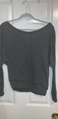 Grey long sleeve top  Oakville, L6J 7E1