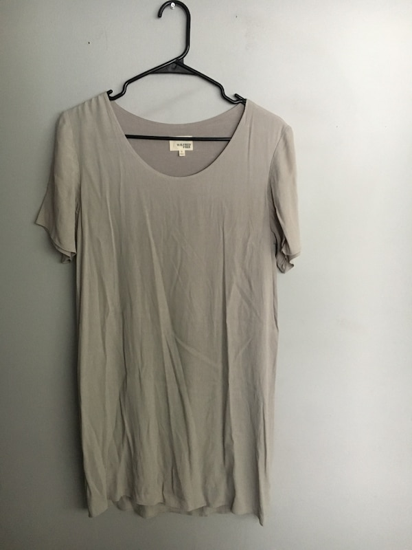 Aritzia Wilfred Teigen dress size small 1a8926f8-0279-4d0d-bb2b-6c73294a282c