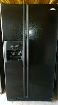 Side-by-side refrigerator whirlpool San Antonio, 78221