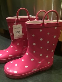 pair of white-and-pink polka-dot rain boots Los Angeles, 90019