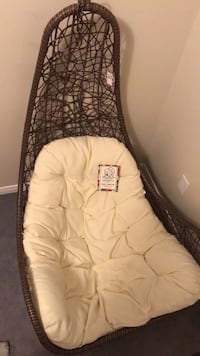BRAND NEW Cozy Chair