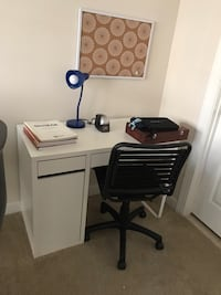 IKEA Micke desk and bungee cord chair Germantown, 20874