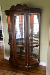 wooden glass display cabinet Montreal-West, H4X 2A7
