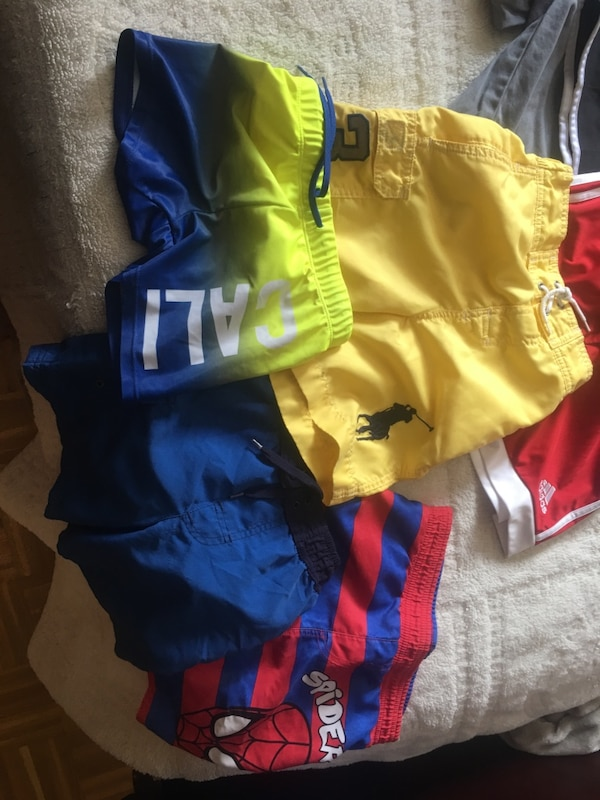 11 pairs of boys shorts -4 bathing suits size 5-6-7 6b3670e0-2211-4309-8d76-797bf3e6c00d