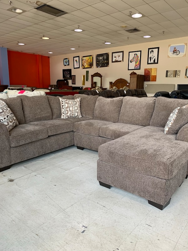 Used New Jesse Cocoa 2pc Sectional W Chaise 95x120 Ba For Sale In Broken Arrow Letgo