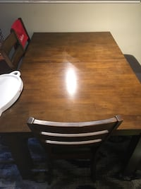 Dinning Room Table Fairfax, 22033
