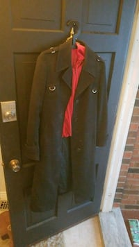 black and red button-up coat St. Catharines, L2M 7Y9