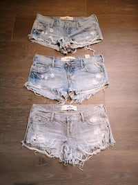 Ripped Hollister denim short shorts London, N6G 3Y9