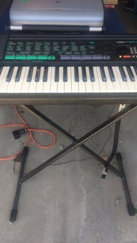 black and white electronic keyboard Calgary, T2A 1A7