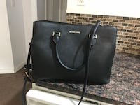 black leather 2-way handbag Calgary, T3J