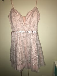 Light pink and glittery dress Gulfport, 39503