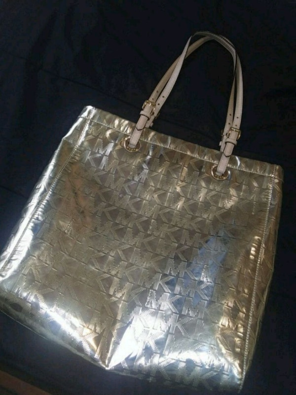 dd923ef54ed5 Used Mk GOLD PURSE,MAKEUP BAG&WALLET for sale in Fort Worth - letgo