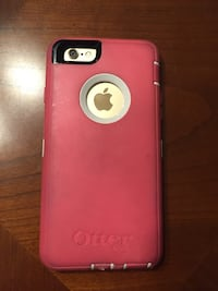 gold iPhone 6 with otterbox case