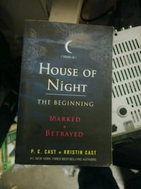 House of night book with marked and betrayed Orlando, 32816
