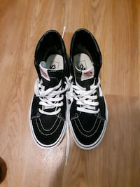9and ahalf vans women 8 mens Baltimore, 21217