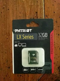 black and gray SanDisk Ultra Plus SD card Campbell