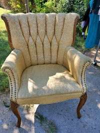 Vintage gold wingback chair Norman, 73069