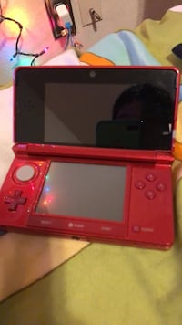 red Nintendo DS handheld console Manitowoc, 54220
