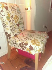 white and red floral padded chair Los Angeles, 90064
