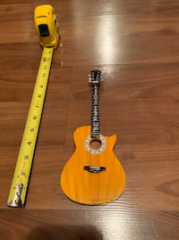 Miniature Guitar JohnnyCash 11 inch high