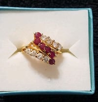VINTAGE Gold Plated SZ 7 RING w/red&clear crystals Hopewell Junction, 12533