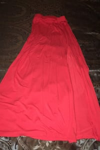 Small orange/red skirt slit on side Conway, 29526