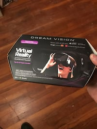 3D virtual reality with headphones .new
