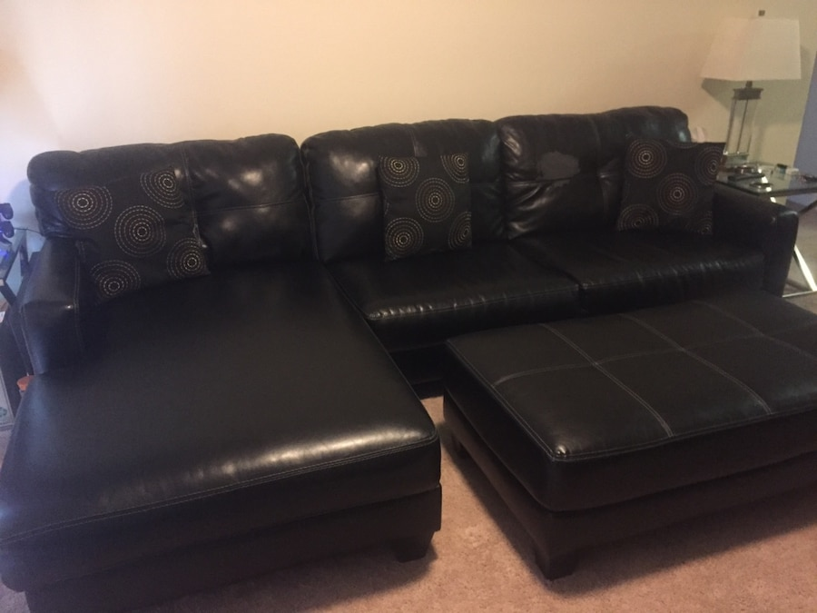 Used black leather sectional sofa w ottoman in new orleans for Sectional sofas new orleans