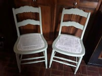 2 chairs BOTH ONLY $25. Smithsburg, 21783
