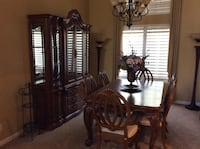 Beautiful Dining room table and hutch Modesto, 95355
