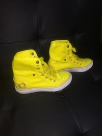 Apple Bottom yellow high top sneakers -size 7.5 Columbus, 43232