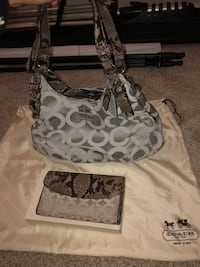 Monogrammed snake skin coach purse and wallet Hagerstown, 21740