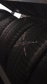 215 65 17 michelin 2 tires winter  Vaughan, L4L 3T4