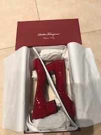 Ferragamo shoes Toronto, M2N 5K9