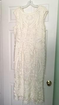David's bridal wedding  dress size 14 Stafford, 22554