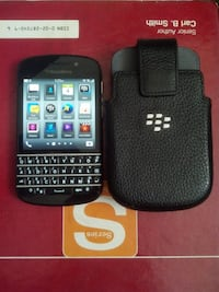 Blackberry Q10 Unlocked in great condition FOR sale    Toronto
