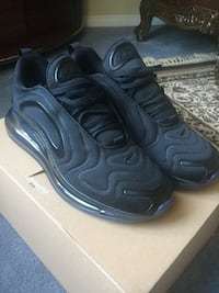 Air max 720 ALL BLACK Size 10 Ajax, L1T 0J2
