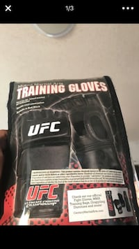 !original ufc gloves! got them for 60 never used them. Fullerton, 92832