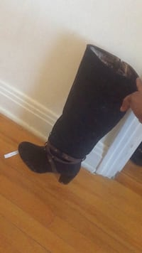 pair of black suede chunky heeled booties Montréal, H3L 3M3