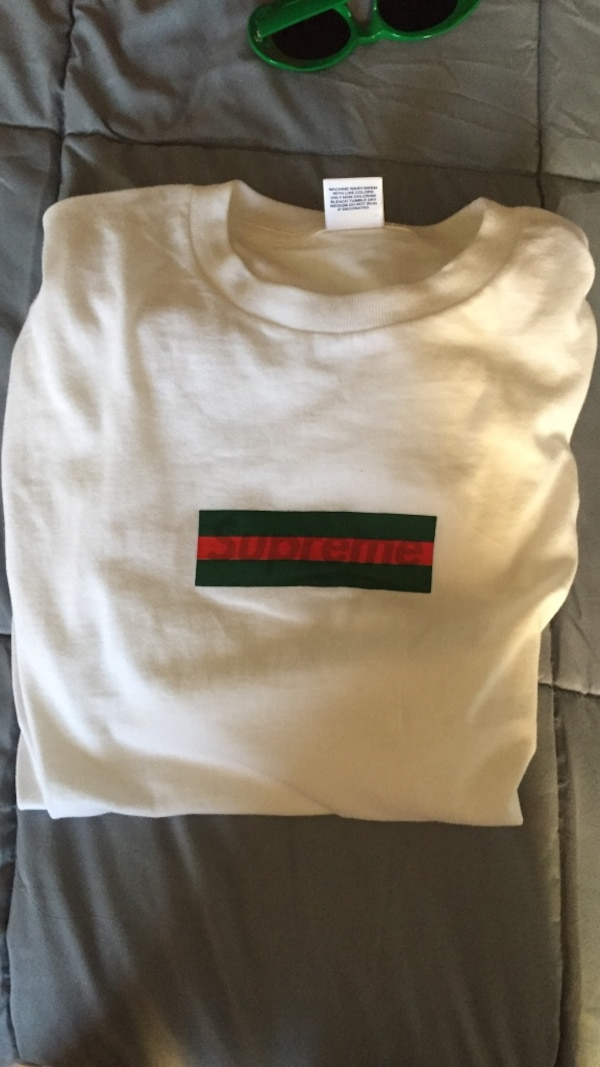 5fc6461a Used Supreme Gucci bogo tee for sale in Fairfield - letgo