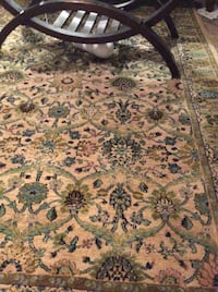 Turquoise, green and gold carpet 5' x 8' beautiful condition Edmonton, T6L 7E7
