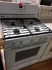 Whirlpool white 5 burner gas stobe Woodbridge, 22191