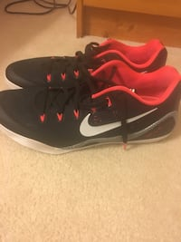 Nike Kobe 9 Size 14 these retail for 200. I can't play basketball anymore so my loss is your gain Darien, 60561