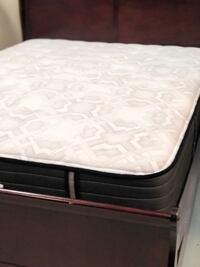 Beautyrest Simmons non-pillow top mattress, box spring Las Vegas, 89109