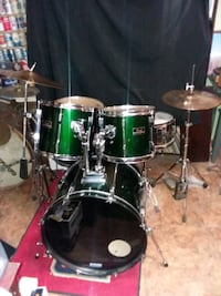 Ready to play dark green Pearl Export drumset  Silver Spring, 20906