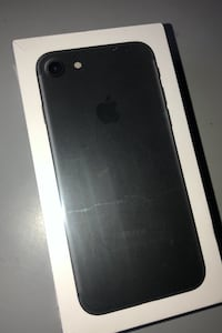 Brand new iPhone 7 sealed in box Toronto, M6P 2R5