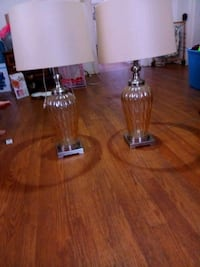2 glass Ashley lamps never been used Sheffield, 35660