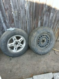 gray 5-spoke car wheel with tire set East Los Angeles, 90022