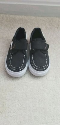 Toddler Nautica boat shoes Woodbridge, 22193