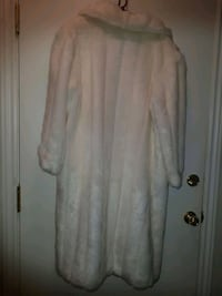 White fake fur Made In England Never Worn  Toronto, M9M 1N3